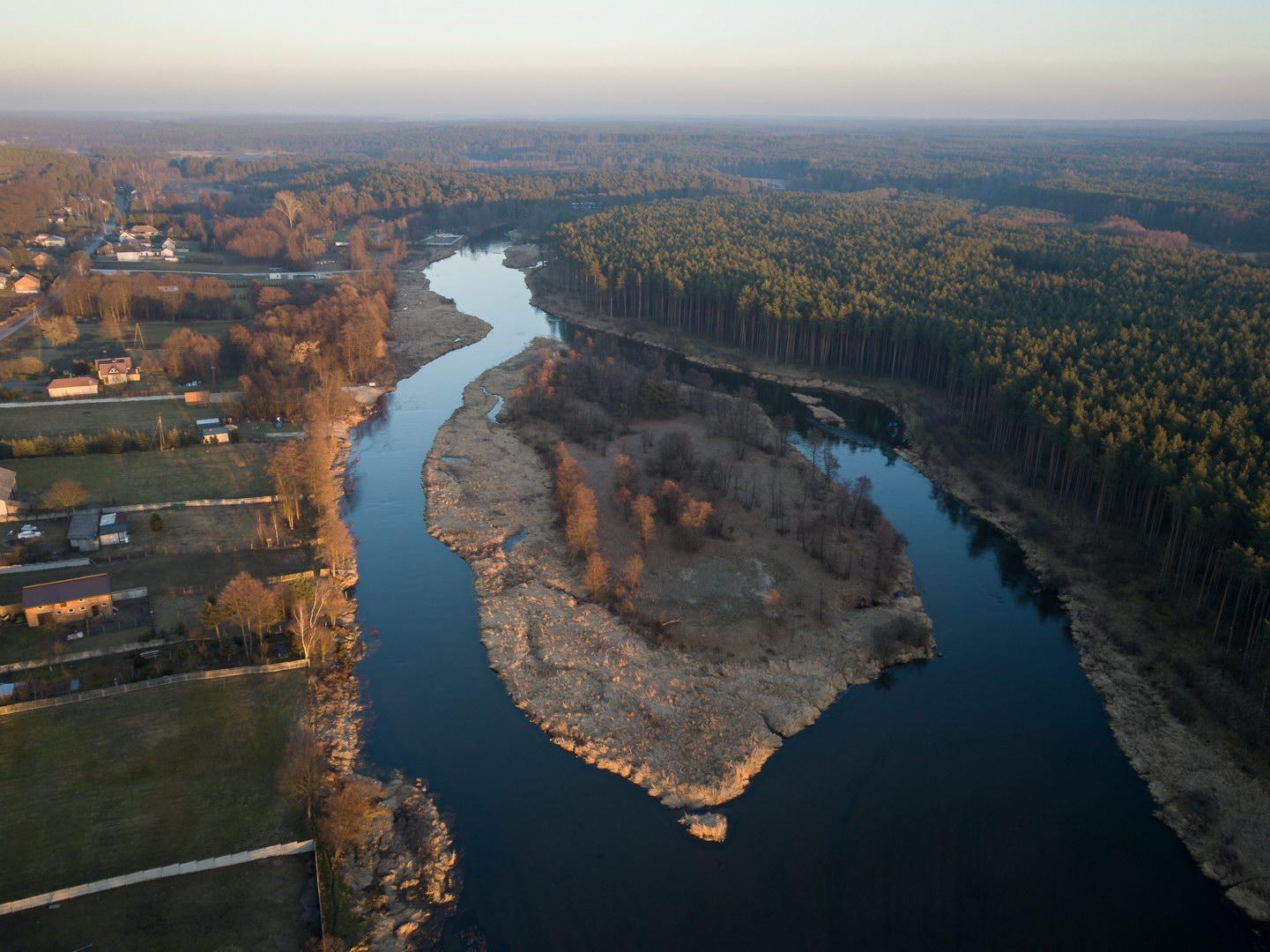 Wycieczka rowerowa do Spały i Inowłodza - Pilica w okolicach miejscowości Inowłódz