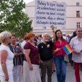 """Tęczowy protest: """"Solidarni z Białymstokiem"""" w Łodzi"""